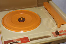 VINTAGE 1978 Fisher Price Kids RECORD PLAYER Tan Phonograph WORKS
