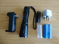 UltraFire 1800LM CREE XML T6 LED Zoom Flashlight Torch+ 2 Battery+Charger+Pouch
