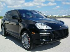 Porsche: Cayenne GTS