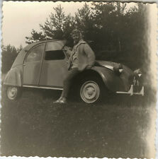 PHOTO ANCIENNE - VINTAGE SNAPSHOT - VOITURE AUTOMOBILE 2CV CITROËN FEMME - CAR