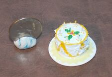 Dollhouse Miniature White Yellow Cake Candles 1:12 inch scale F52 Dollys Gallery