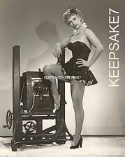 ACTRESS LINDA CHRISTIAN LEGGY IN FISHNETS AND A SHOWGIRL MINIDRESS PHOTO A-LC1