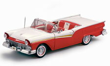 1957 Ford Fairlane RED 1:18 SunStar  1331
