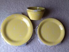 New Mark Charles Misilli Yellow Polka Dot Swirls 12 pc Melamine Dinnerware Set