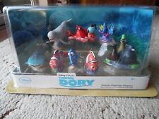Disney Finding Dory Deluxe Figure Play Set - 9 Figures - New