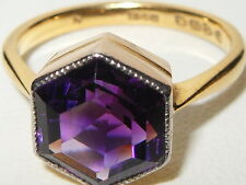 Beautiful Antique 22ct yellow gold Hexagonal Purple Amethyst Solitaire ring 4.1g