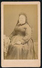CDV c. 1880 - Femme Assise Ph. Boucher-Pinault à Chateauroux - T900