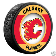 "CALGARY FLAMES ""Retro"" Series Team Logo Model SOUVENIR PUCK NEW In Glas Co."