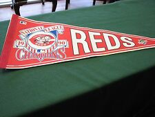 1990 Cincinnati Reds Pennant Flag  NATIONAL LEAGUE CHAMPIONS  1990 World Series