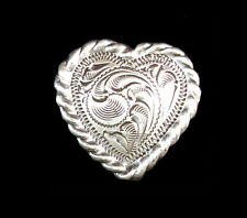 """Western Decor Antiqued Silver Rope 1"""" Heart Concho"""