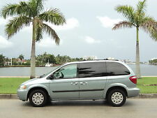 Chrysler: Town & Country CARAVAN