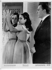 THE V.I.P.'s photo ELIZABETH TAYLOR/RICHARD BURTON original 1963 publicity still