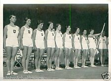 Gymnastics Germany Women Team Turnen Jeux Olympiques OLYMPIC GAMES 1936 CARD