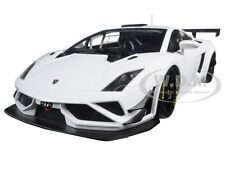 LAMBORGHINI GALLARDO GT3 FL2 2013 WHITE 1/18 MODEL CAR AUTOART 81358