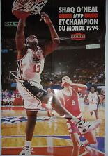 POSTER MONDIAL BASKET / SHAQ O'NEAL MVP ET CHAMPION DU MONDE 1994 / 58 X 88