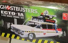 AMT 1:25 Scale GhostBusters Ecto-1A Plastic Model Kit NEW AMT 750