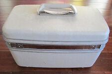 Vintage Samsonite Silhouette Train Cosmetic Overnight Case Creamy White w/Tray
