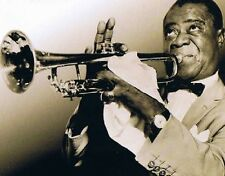 "LOUIS ARMSTRONG ""The Man With The Trumpet"" 4CD-Buchbox 97 Tracks NEU & OVP"