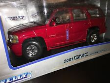 2001 GMC Yukon Denali  WELLY 1/18 Scale Die-Cast 1:18 Rare Red Color LAST ONE !