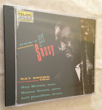 CD RAY BROWN TRIO DON'T GET SASSY TELARC  CD-83368 JAZZ