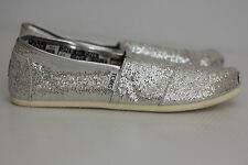 NEW Toms Girl Classic Youth Silver Sparkle Glitter Slip On Shoe- Youth Big Kid 6