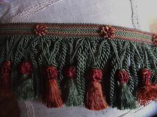 V2 ANCIEN GALON PASSEMENTERIE ROYAL FRANGES TORSEES POMPONS  VERT BORDEAUX