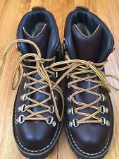 New Danner Mens Mountain Light 30866 Brown Hiking Boots - 7.5