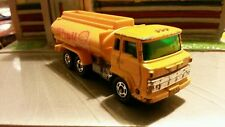 Hindo Truck 1:64 scale Tomica Shell Tanker Truck