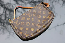 Original Louis Vuitton Pochette Accessoires Monogram Canvas, TOP ZUSTAND