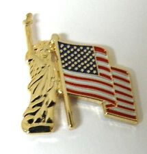 UNITED STATES STATUE OF LIBERTY & USA FLAG PIN BADGE 1 INCH