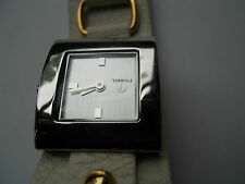 Fossil women's leather band watch.quartz,battery & water resistant watch.