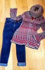 WOMEN'S CLOTHING LOT OF 4 size 28/32 Jeans size Small top, XS Tunic chunky scarf