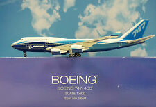 Hogan Wings 1:400 Boeing 747-8 Boeing House Color LI9697 + Herpa Wing Katalog