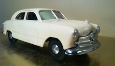 AMT 1949 Ford 4dr Sedan Type1 Miami Cream Promo 1/25 Scale No Box