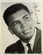 MUHAMMAD ALI Signed Photograph - WORLD HEAVYWEIGHT BOXING CHAMPION preprint