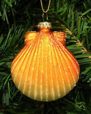 CLAM SHELL NAUTICAL BEACH THEMED HAND BLOWN GLASS CHRISTMAS TREE ORNAMENT