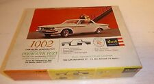 REVELL 1962 PLYMOUTH FURY HARDTOP 1/25 Model Car Mountain KIT VINTAGE H-1251