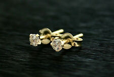 9ct gold delicate White Cz 3mm stud earrings