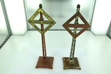 2 RARE LIONEL STANDARD GAUGE NO 68 TALL TRACK RAILROAD CROSSING ACCESSORIES 2