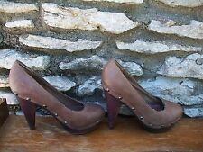 Aldo Sz 38 us 7 Leather studded wedge heels wood Brown