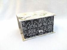 NEW SMALL GREY FLOWER JEWELLERY BOX HOLDER WITH MIRROR TRINKET BOX HOLDER