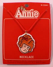 Orphan Hardknock Annie Winking Necklace Pendant Mint On Card 1981 Moc N5541