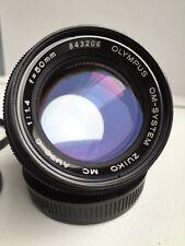 Olympus Zuiko OM AUTO-S 50mm f/1.4 focale fissa, tappi anteriore/posteriore