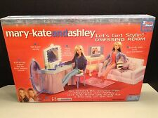 2002 Mattel Mary-Kate And Ashley Let's Get Stylin Dressing Room