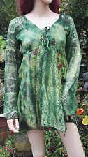 FAIR TRADE Green Floral Cotton Lace Long Sleeved Pixie Hem Blouse Freesize 8-14