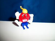 M&M Red SLEDDER M&Ms WINTER SPORT Figurine on SLED French Pocket Surprise M&M's