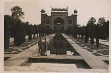 1945  small photo -  taj mahal -  main entrance gate   ( india )
