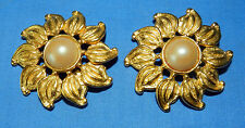 STUNNING LARGE DEANNA HAMRO FAUX PEARL & GOLD DESIGNER SIGNED CLIP ON EARRINGS