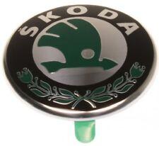 SKODA FABIA I II OCTAVIA I II RAPID ROOMSTER Emblem Embleme Logo Neu HINTEN