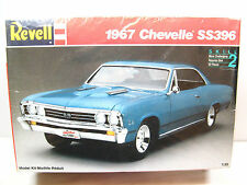 1967 CHEVY CHEVELLE SS 396 MUSCLE CAR - Revell 1/25 Scale Model Kit 7146 SEALED